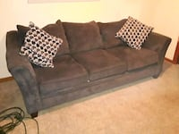 Couch Flint, 48506