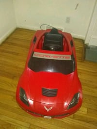 red Corvette ride-on toy car Detroit, 48211