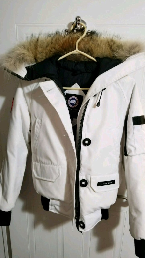 9a4d30138a2 Used White Canada Goose Chilliwack Bomber - Xtra Small for sale in  Mississauga