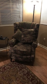 brown and gray golf pattern recliner