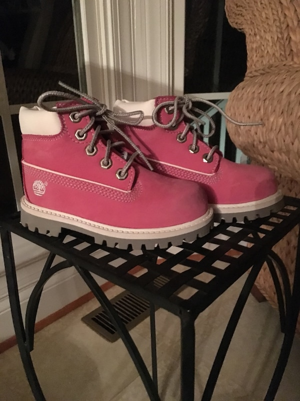 Girls size 8 pink Timberlands Boots