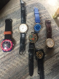 Various GUESS WATCHES. All need batteries. $45 Franklin Park, 60131