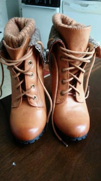 Woman's Rouge boots.