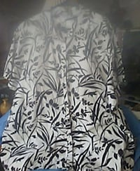 Woman's blouse Chattanooga, 37419