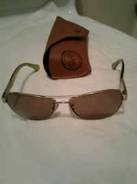 Coach Aviator sunglasses with brown leathe Squamish, V0N 1T0