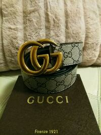 Black gucci belt with gold buckle