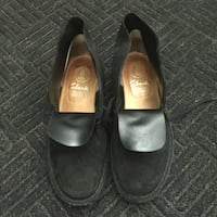 pair of black leather flats Brampton, L6V 2S7