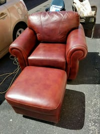 Very comfortable Brown Chair With Ottoman  Tucson, 85710