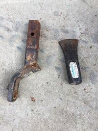Hitch and axe head Red Deer, T4P