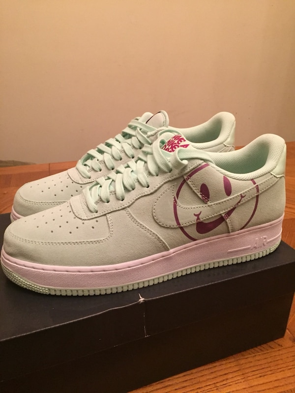 classic fit best cheap top design Never worn Nike Air Force 1 '07 LV 8