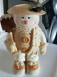 white and brown ceramic bear Edmonton, T5S 1T5
