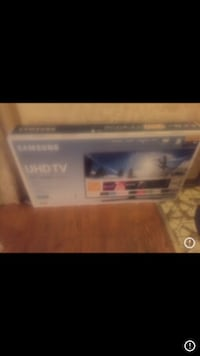 "40"" 4K Ultra HD Smart LED TV Norridge, 60706"