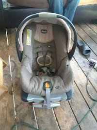 baby's gray and black car seat carrier Columbus, 31904