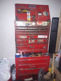 Full snap on tool box and set Dollard-Des Ormeaux, H9B 2Z2