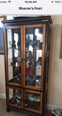 Curio cabinet with glass shelves North, 29112
