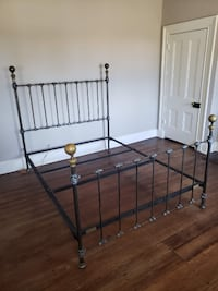 Brass/Iron Queen Bed WASHINGTON