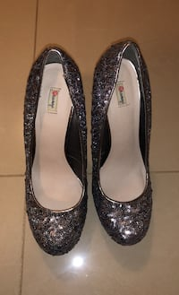 Sequined heeled pumps  Markham, L6C 2C1