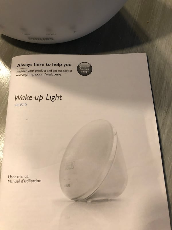 Wake up alarm with light f7296546-80a4-4d01-a29b-74d3dcfe67dd