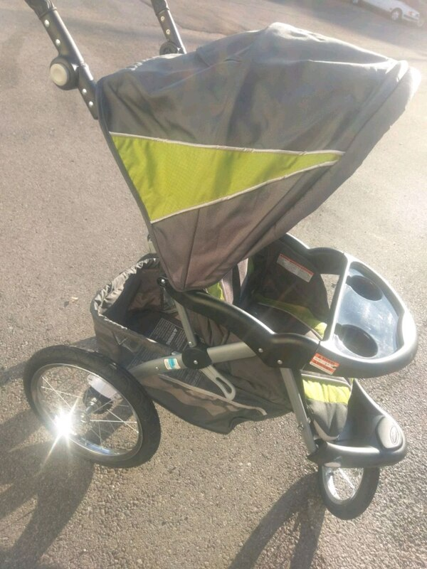 Baby Trend Expedition ELX