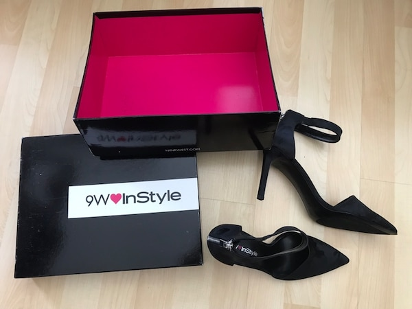 Brand new Nine West / size 8 1/2 (good for size 8). 7ca7df38-f881-43a4-89ad-a437451af3c7