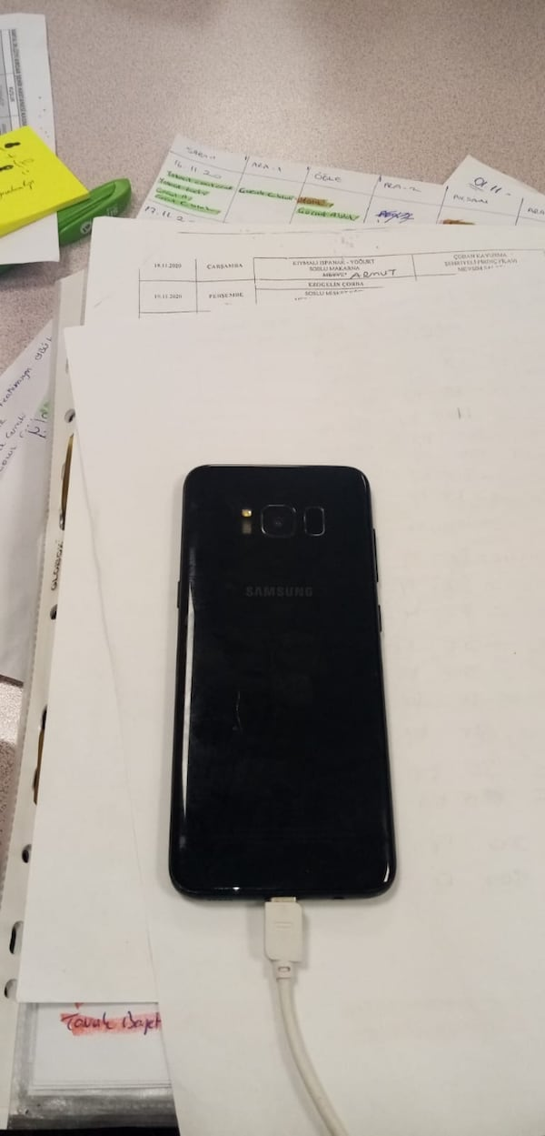 SAMSUNG S8 64 GB 325f0aed-505d-48d4-9894-6f428af419ce
