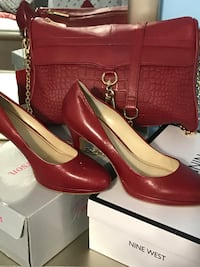 Red diner hand bag shoes (both leather) Toronto, M1M 1M9