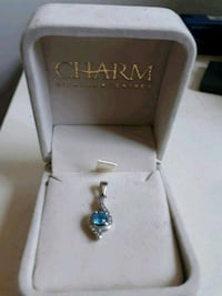 Topaz necklace pendant - great as a gift Ottawa, K1R 7W1