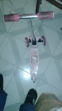 Patinete Hello Kitty para niña Leganés, 28913