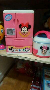 Desny Minnie mouse fridge and cooker disney cooker Toronto, M4K 2B5