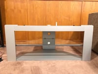TV stand Thorold, L2V 4W6