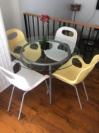 Glass table and chairs!!