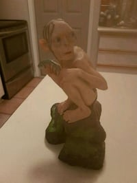 Smeagol two towers collectable statue Whitby, L1N 8X2