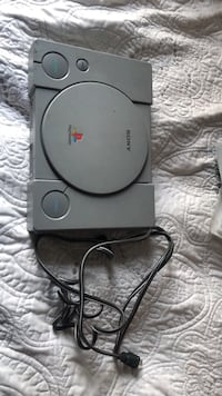 Ps1 and power cord Halethorpe, 21227