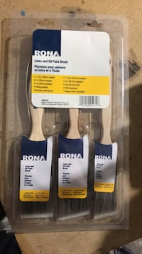 Brand new paint brushes