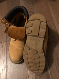 Size 10.5 Timberlands  Mississauga, L5N 7E3