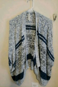 Sweater  large  32 km