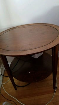 round brown wooden side table Ottawa, K1J 8N2