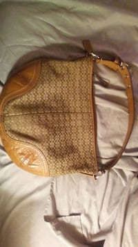 AUTHENTIC COACH PURSE Jeffersonville, 47130