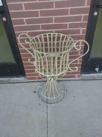 white steel potted plant holder Hagerstown, 21742
