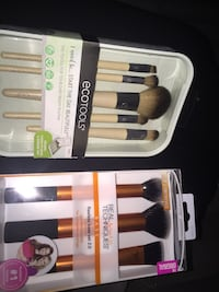 Ecotools and Real Techniques makeup brush set boxes Springdale, 72764