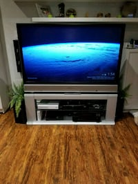 Panasonic 65in HDTV with Matching Stand! Richmond Hill, L4E 4E8