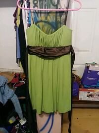 green and black scoop-neck long-sleeved dress