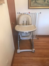 Baby's white and gray highchair 866 mi