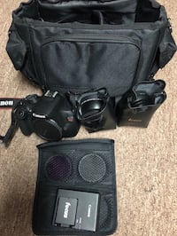 Black Canon dslr camera with bag + attachments Rahway, 07065