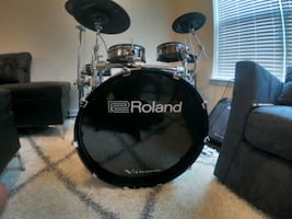 Roland TD-50 KVX Bundle w/ Accessories