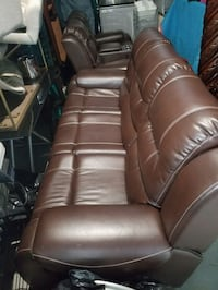 Leather three-seat sofa and loveseat Alexandria