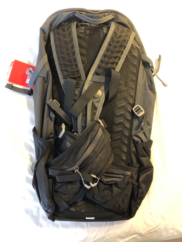 BRAND NEW The North Face Litus 22 Exploration Backpack 1a2fa655-eda5-4a55-947e-1a9a20c6fd6e