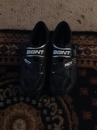Bike clip less shoes size 8 Vacaville, 95688