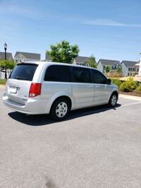 2011 Dodge Grand Caravan Laurel