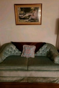 black leather 3-seat sofa Annandale, 22003